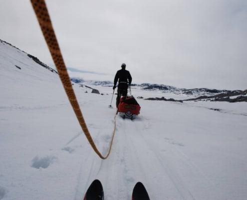 Aangelijnd op een gletsjer