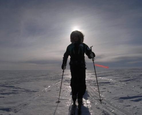 Crossing Greenland met tegenlicht