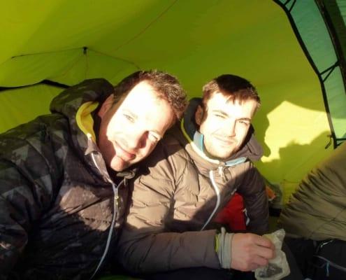 Remco Geerdink en Luuk in de tent