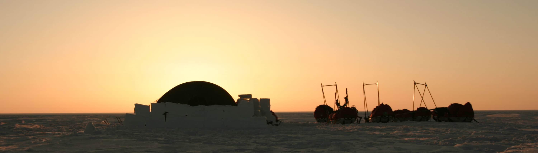 Tenten op Groenland tijdens een expeditie