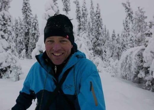 Portretfoto van Raymond in Zweden