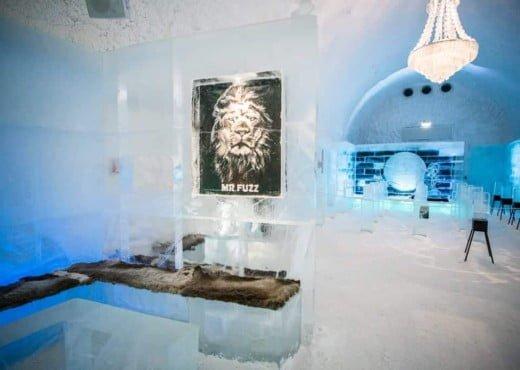 De Icebar bij het Icehotel in Jukkasjärvi