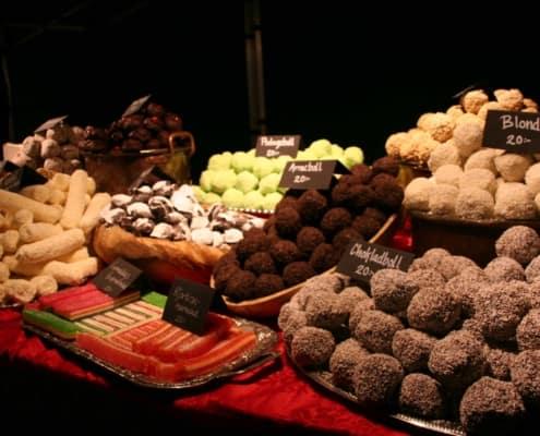 Lekkernij op de Sami jaarmarkt in Jokkmokk