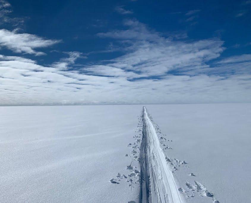 Perfect recht skispoor op Groenland